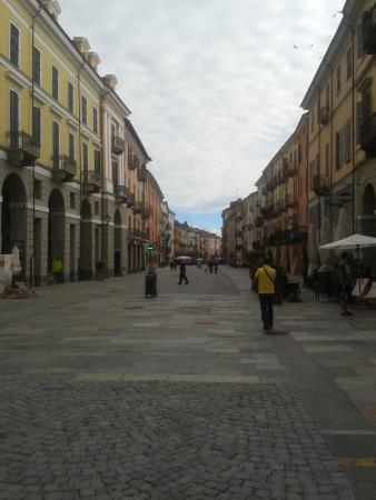 Corso roma foto di centro storico cuneo tripadvisor for Corso di arredatore d interni roma