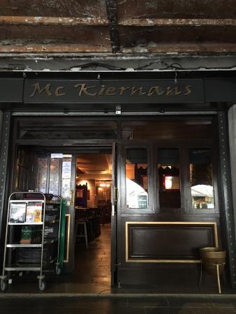 McKiernans Irish Bar & Restaurnat