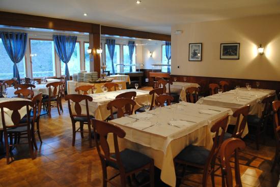 La Mola: Restaurante