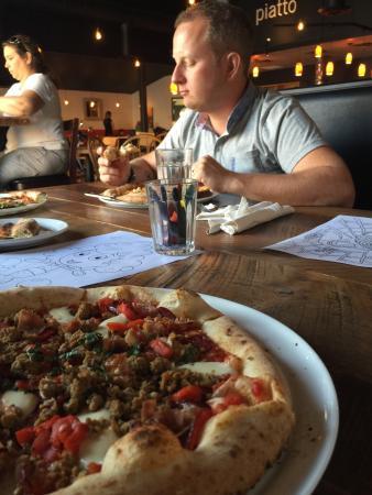 Piatto Pizzeria