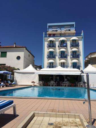 Hotel Plaza Esplanade: photo0.jpg