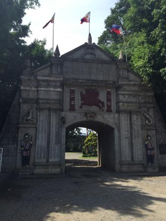 Ozamiz City, Philippinen: Museum & Fort Entrance