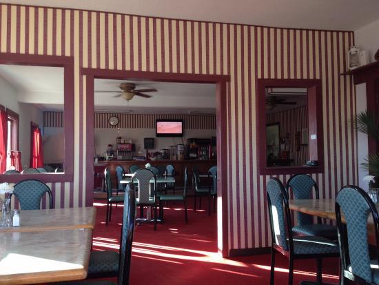 Amargosa Opera House Restuarant: Утром никого кроме нас не было. Вид изнутри.