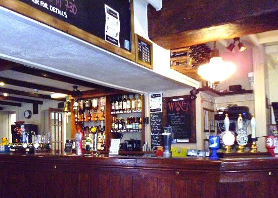 The Old Plough: Bar