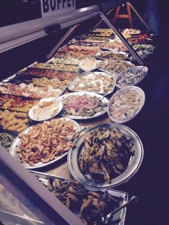 Bar 13. 5 Lampedusa : Buffet Aperitivo di pesce 10€ a persona