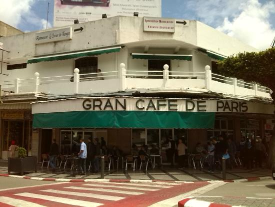 Gran cafe de paris boulevard pasteur tangier picture for Photo de terrasse