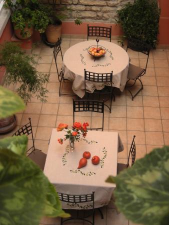 Hôtel au Patio Morand: La Patio 2