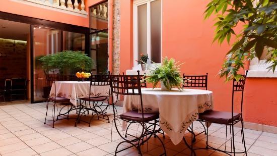 Hôtel au Patio Morand: Le Patio