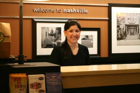 Hampton Inn Bellevue / Nashville-I-40-West: Welcome to Nashville