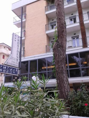 Hotel President: Esterno Hotel