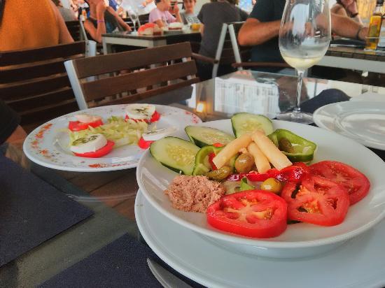 Can Kalav: Servicio muy agradable, comida excelente