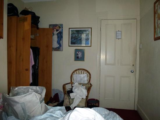 Dorset Villa: other width of room