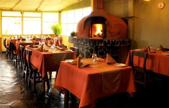 Kuntur Wassi: Restaurante