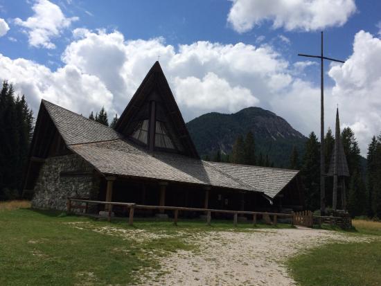 Val Visdende: La Chiesa in legno