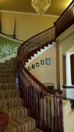 Sleep Inn & Suites: attractive staircase