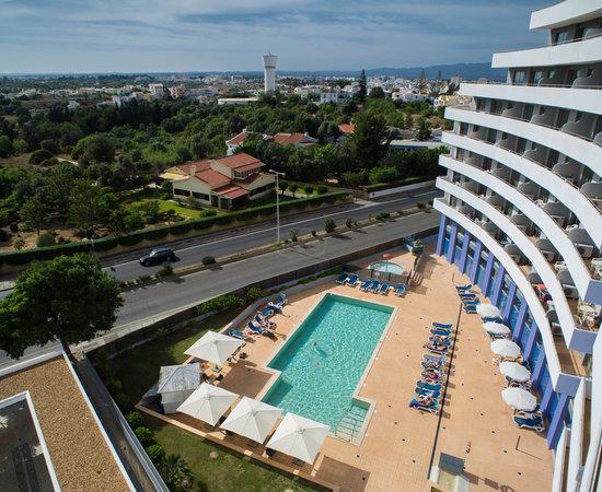 Oceano atlantico apartamentos apartment reviews price comparison algarve portimao portugal - Apartamentos oceano atlantico portimao ...