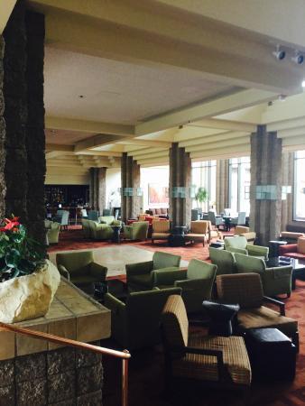 Bar area/lobby