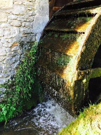 Moulin de la Beune: La grande ruota