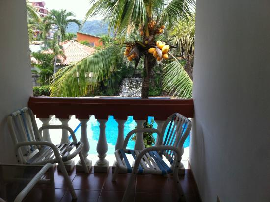 Apartotel Flamboyant : Private balcony.