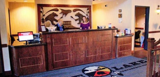 Crandon, WI: Hotel Lobby
