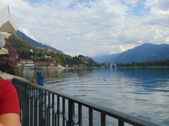 Vista lago dal ristorante - Picture of Le Terrazze, Lovere - TripAdvisor