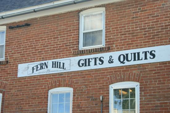 ‪Fern Hill Gifts and Quilts‬