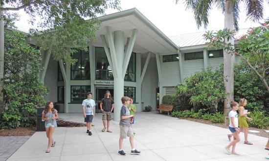 Main entrance to Sanibel Public Library