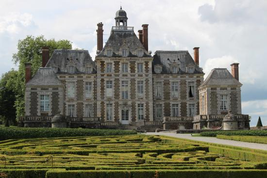 fa ade du ch teau picture of chateau de balleroy balleroy tripadvisor. Black Bedroom Furniture Sets. Home Design Ideas