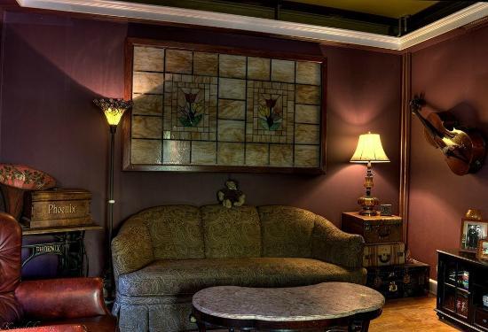 New York House Bed & Breakfast: Living Room