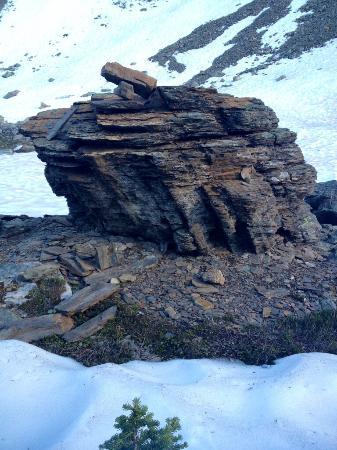 Gorman Lake : Rock Formations
