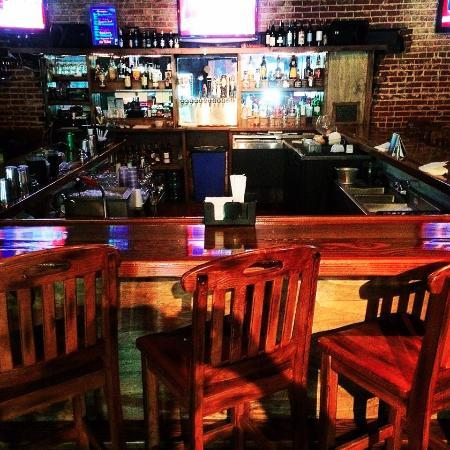 Wirtz, VA: Sports Bar and Grill
