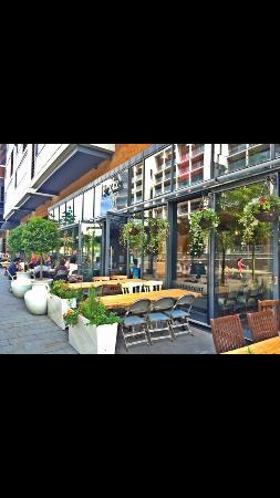 Leziz Restaurant Dalston Junction