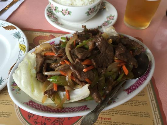 Iroquois Falls, كندا: Shredded Beef in Garlic Sauce - Silver Grill, Iroquois Falls ON