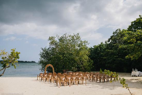 Clubhotel Riu Negril Wedding Ceremony Set Up