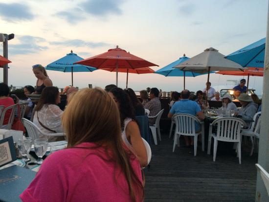 Maguire's Bay Front Restaurant: photo0.jpg