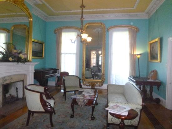Lounge Area Main Entrance