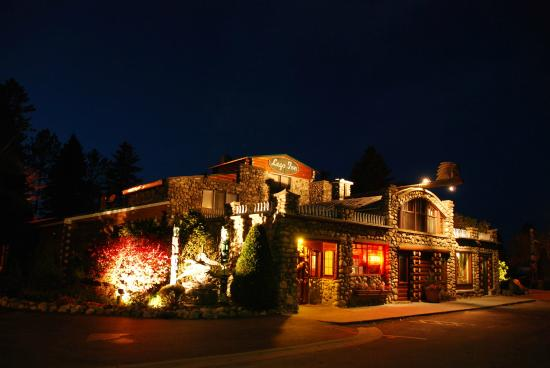 Cross Village, MI: Legs Inn at Night