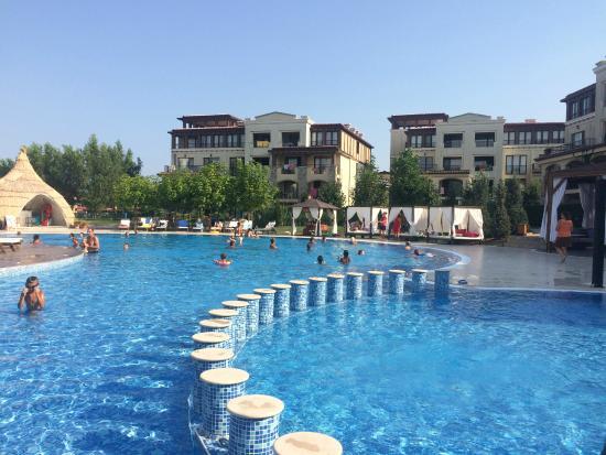 Green Life Beach Resort: main pool