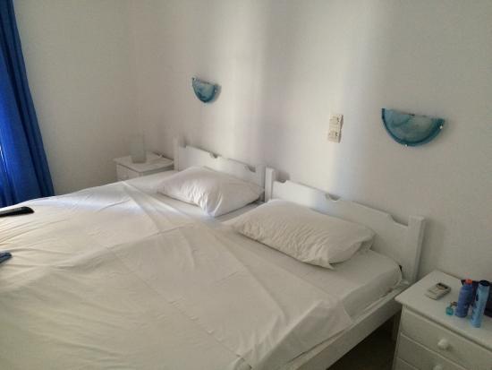 Camera matrimoniale con letti singoli uniti - Picture of Villa ...