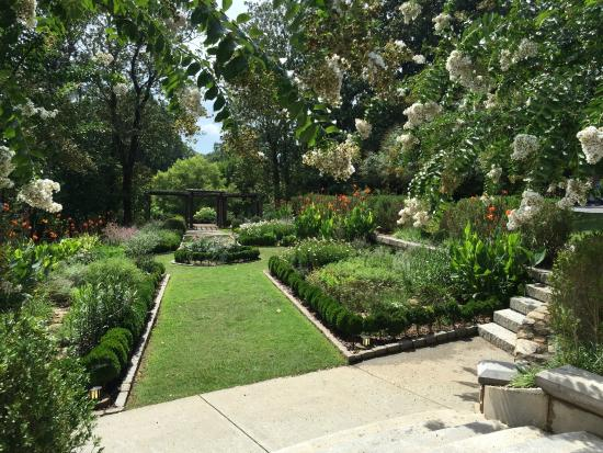 Callanwolde Fine Arts Center Gardens