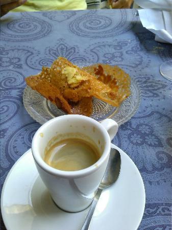 Caff photo de la salle a manger salon de provence tripadvisor - Restaurant la salle a manger a salon de provence ...