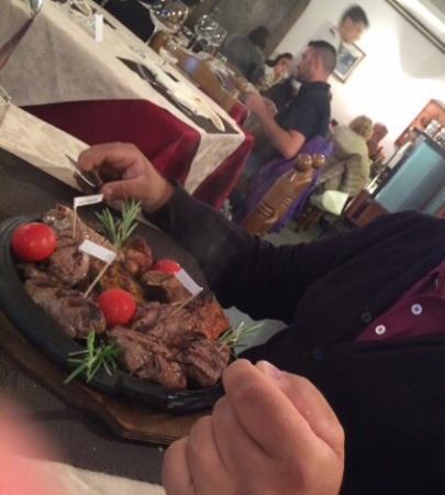 Al Sottobosco Steak house Churrascaria: Maxigrigliata Argentina