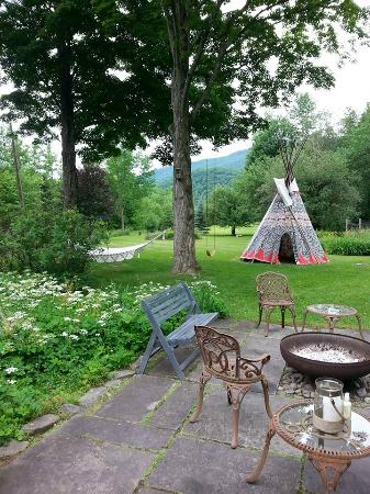Lanesville, NY: Yoga Retreat, nOMad..always at OM, Breathe-Inn