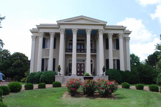 Mount Pleasant, TN: Rattle Snap Plantation