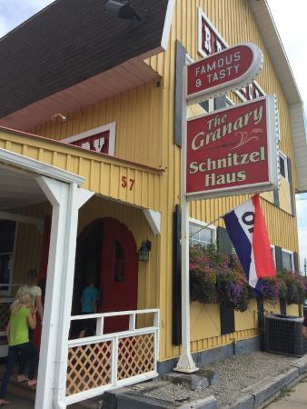 Eganville, Kanada: The Granary