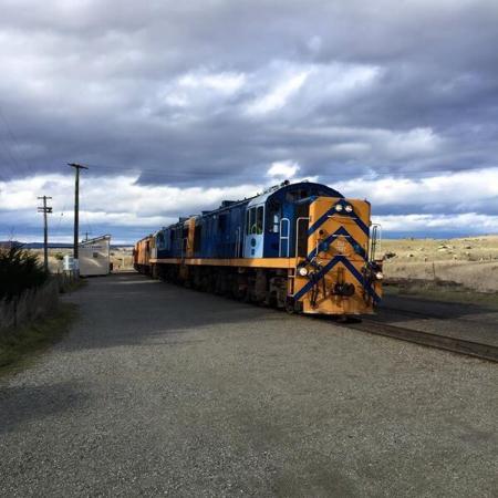 Taieri Gorge Railway: photo1.jpg
