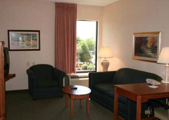 Book Large Suites with Living Areas