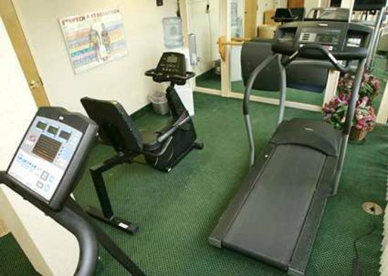 Hampton Inn Burlington/Mt. Holly: Enjoy our 24 Hour Fitness Room