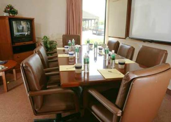 Hampton Inn Burlington/Mt. Holly: Private Meeting Rooms for Business Events