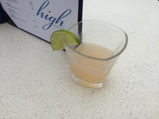 Hotel Erwin: Cocktail @ High Rooftop Lounge